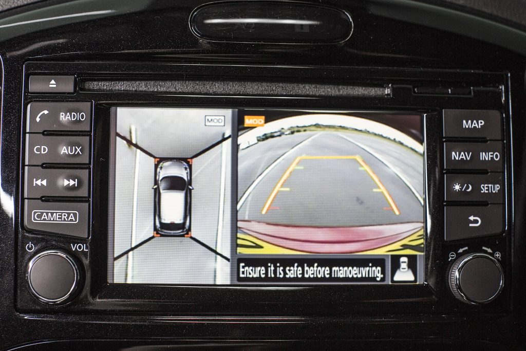 Nissan Juke uses onboard cameras to set world-first 'blind' J-turn record