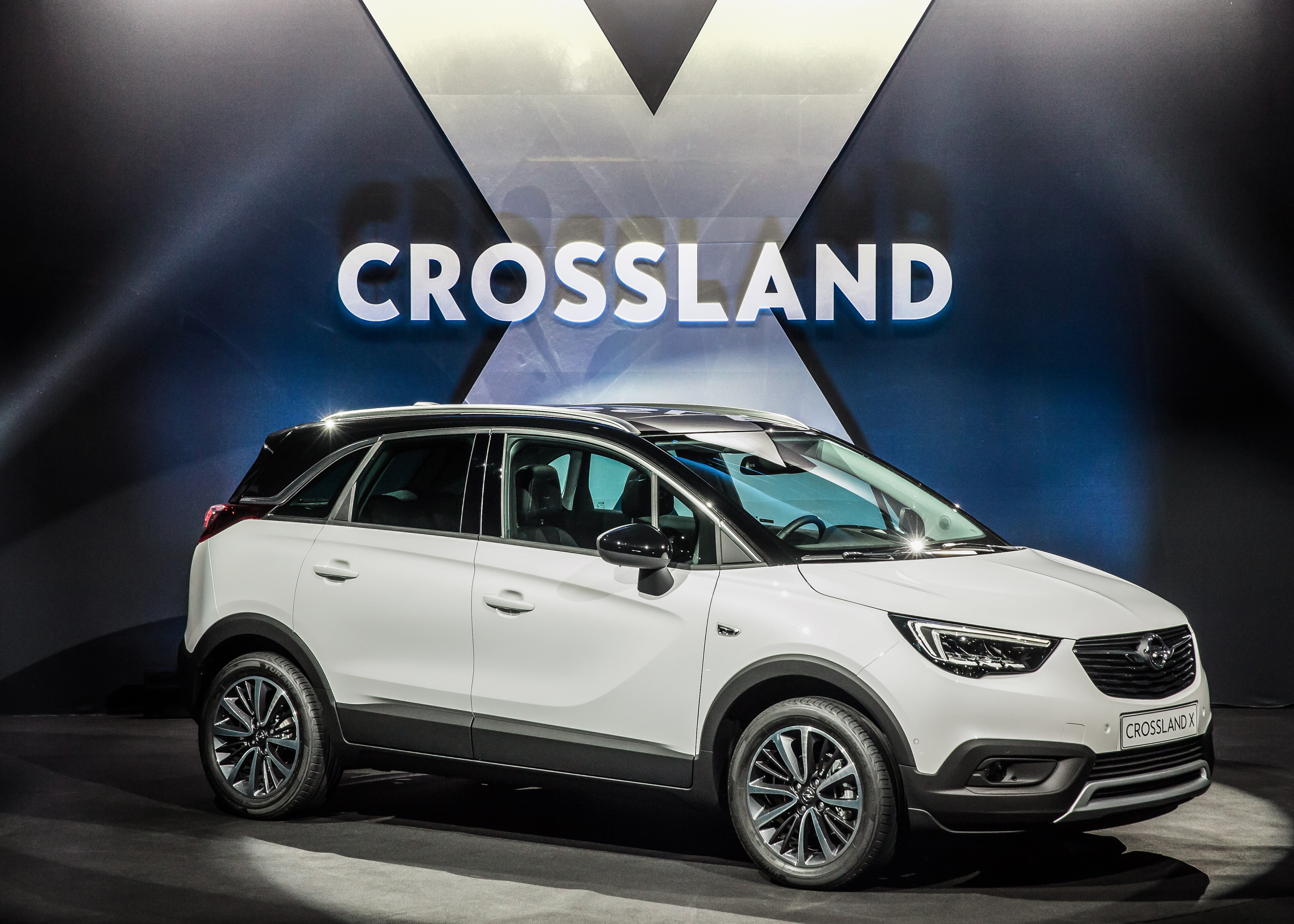 yeni opel crossland x ne zaman gelecek carmedya. Black Bedroom Furniture Sets. Home Design Ideas