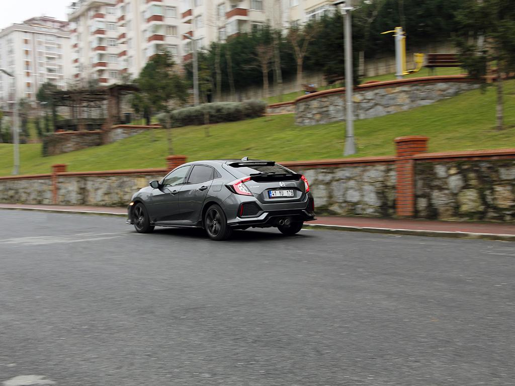 Test Honda Civic Sport 1.5 Turbo CVT 2018