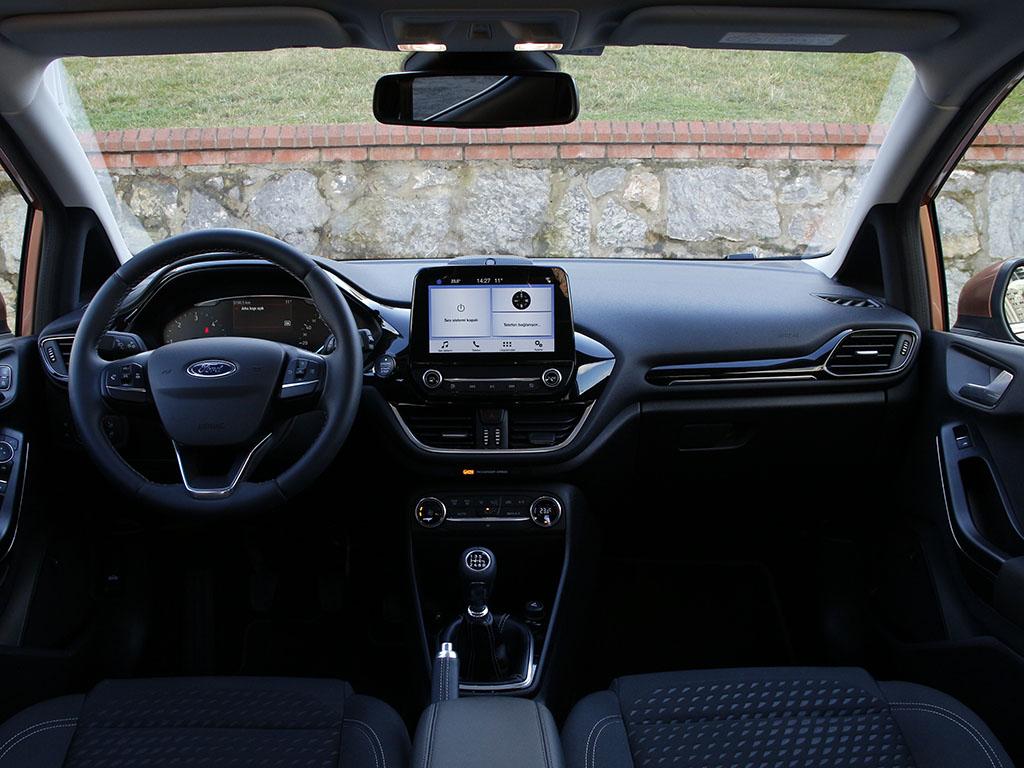 Test Ford Fiesta 1.5 TDCi Titanium iç mekan