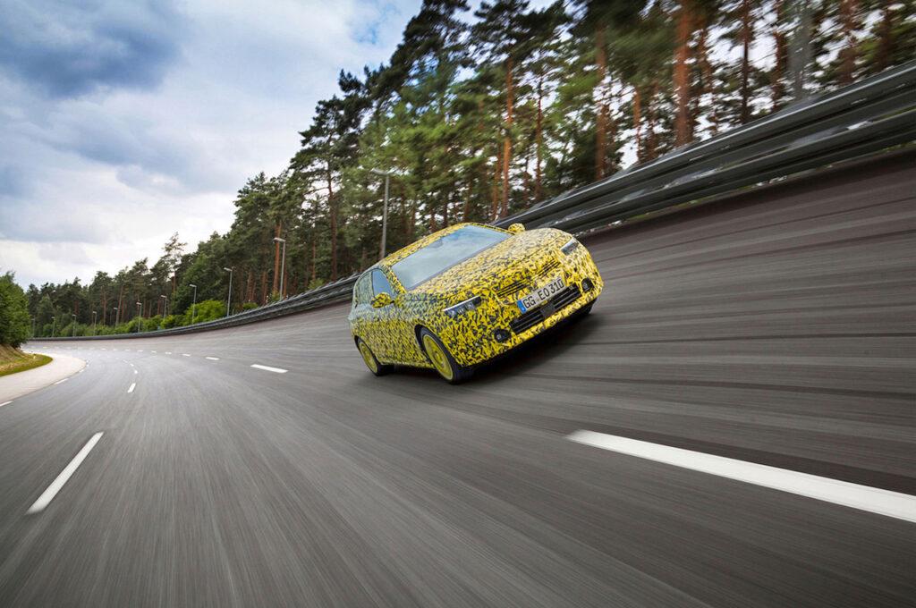 Yeni Opel Astra 3