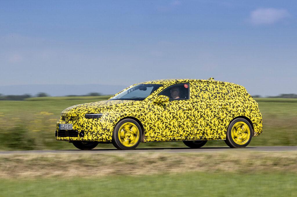 Yeni Opel Astra 4